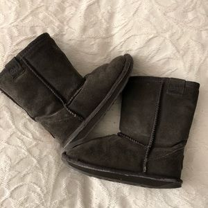 EMU Shearling lined boot